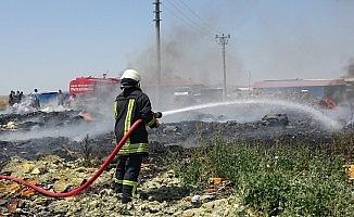 Uşak'ta yoğun duman büyük paniğe neden oldu