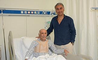 90 yaşında olmasına rağmen bıçak altına yatmaktan çekinmedi