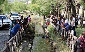 AFAD ekipleri su kanalında altın bilezik aradı