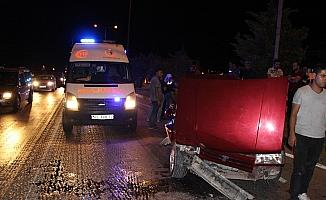 Aynı yönde seyreden iki araç çarpıştı: 1 yaralı