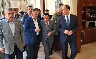 Başkan Beyoğlu Özhaseki'den Bağlar için destek istedi