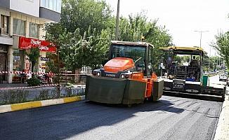 Büyükşehir Batı Gazi'de asfaltlama çalışmasına başladı