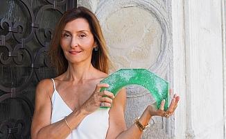 Cam sanatçısı Felekşan Onar'ın kısa filmi Esma, Venedik'te görücüye çıkıyor