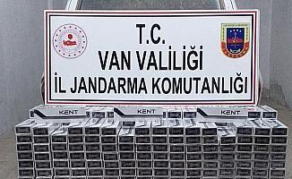 Erciş'te 4 bin paket kaçak sigara ele geçirildi