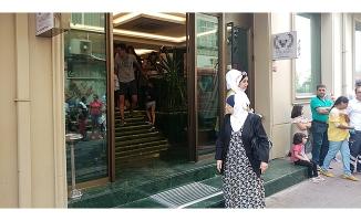 Fatih'te bir otelde yangın!