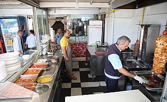 Haliliye'de bayram öncesi gıda ürünleri denetlendi