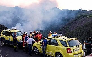 Kanarya Adaları'nda yangın yayılıyor