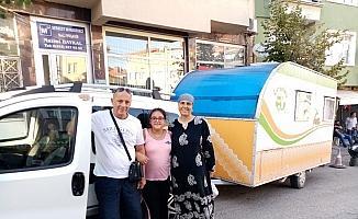 Karavanıyla Türkiye'yi geziyor