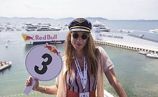 Red Bull Uçuş Günü'ne ünlü akını