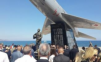 Yenilenen Şehit Pilot Yüzbaşı Cengiz Topel Anıtı törenle açıldı