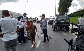 Yunus ekibi park halindeki araca arkadan çarptı, iki polis yaralandı