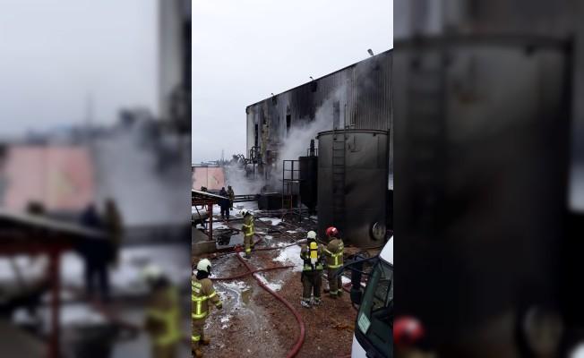 Balıkesir'de bitkisel yağ fabrikasında yangın