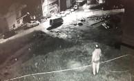 Cami soygunu güvenlik kamerasına yansıdı