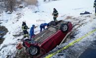 GÜNCELLEME 2 - Otomobil dereye düştü: 8 ölü