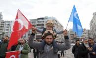 İzmir'de Uygur Türklerine destek mitingi
