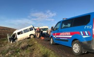 Şanlıurfa'da servis minibüsleri çarpıştı: 2 ölü, 7 yaralı