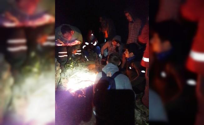 Dağda mahsur kalan 4 üniversite öğrencisi kurtarıldı