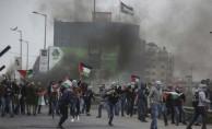 Filistinliler Toprak Günü'nün 43. yılında meydanlara çıktı
